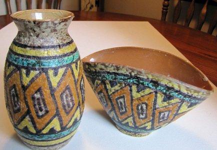 Antiqueoyster Pair Mid Century Modern Italian Pottery Art Pottery Textured Fantoni Gambone Era