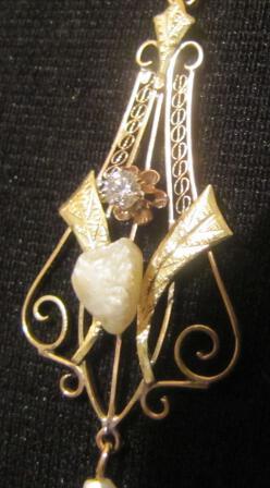 Antique Victorian Lavalier 14K Gold Diamond Pearl Necklace