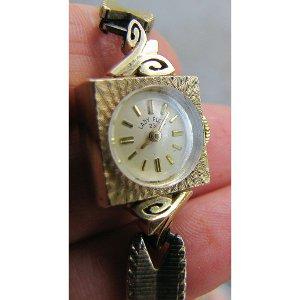 Lady Elgin 14K Gold Square Watch Vintage