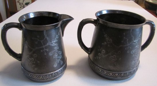 Pairpoint Quadruple Silverplate Creamer Sugar Set Bedford Mass Etched Repousse